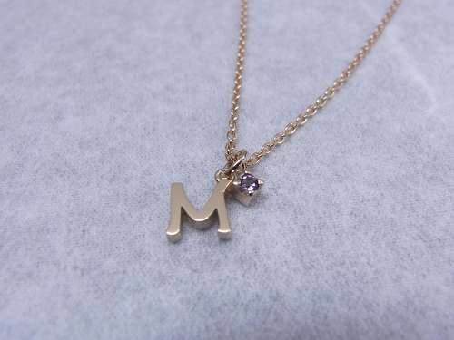 イニシャルネックレス M
