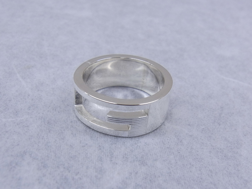 グッチ 指輪 サイズ直し 120925