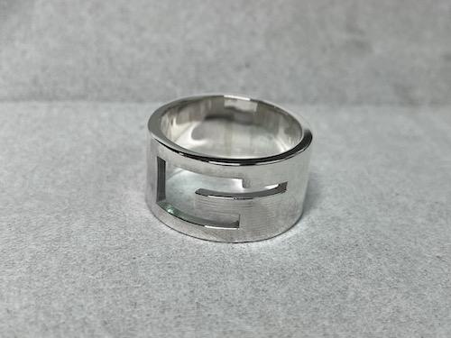 グッチ 指輪 サイズ直し 211010